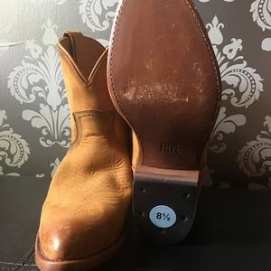 Frye Billy Short Boots